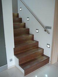 Dřevěné nášlapy na betonové schody